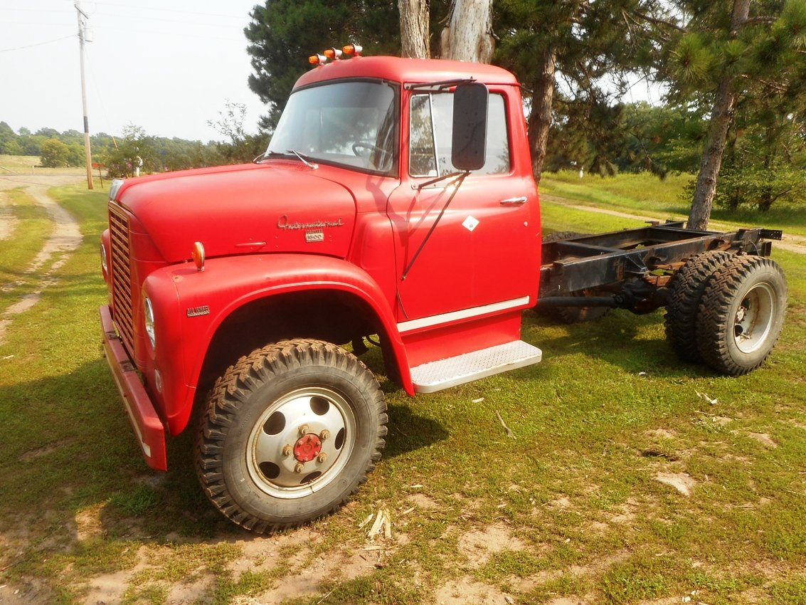 1969 Loadstar 1600 4x4 Registration - IH Trucks - Red Power