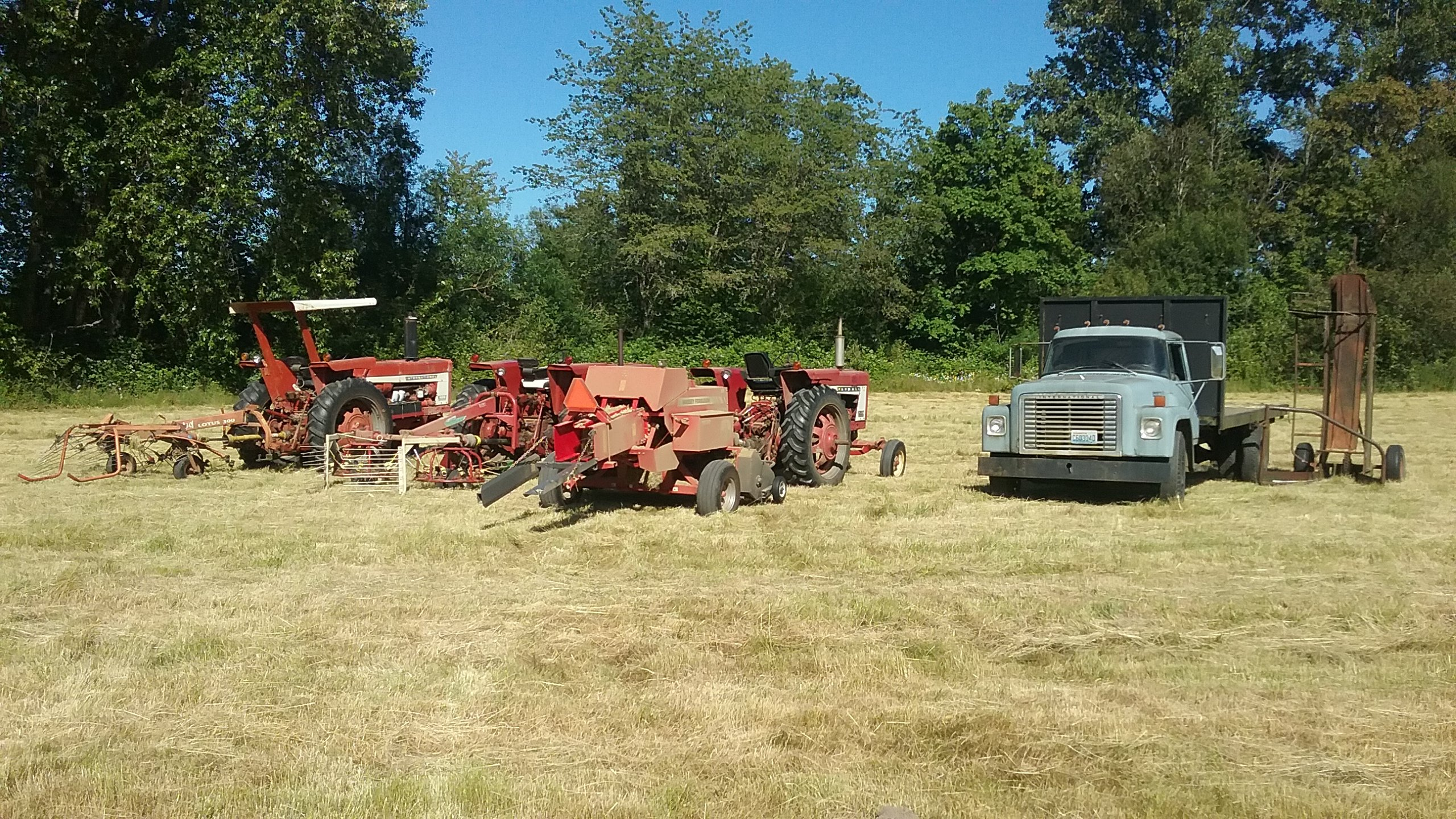 Best hay tractor? - Coffee Shop - Red Power Magazine Community