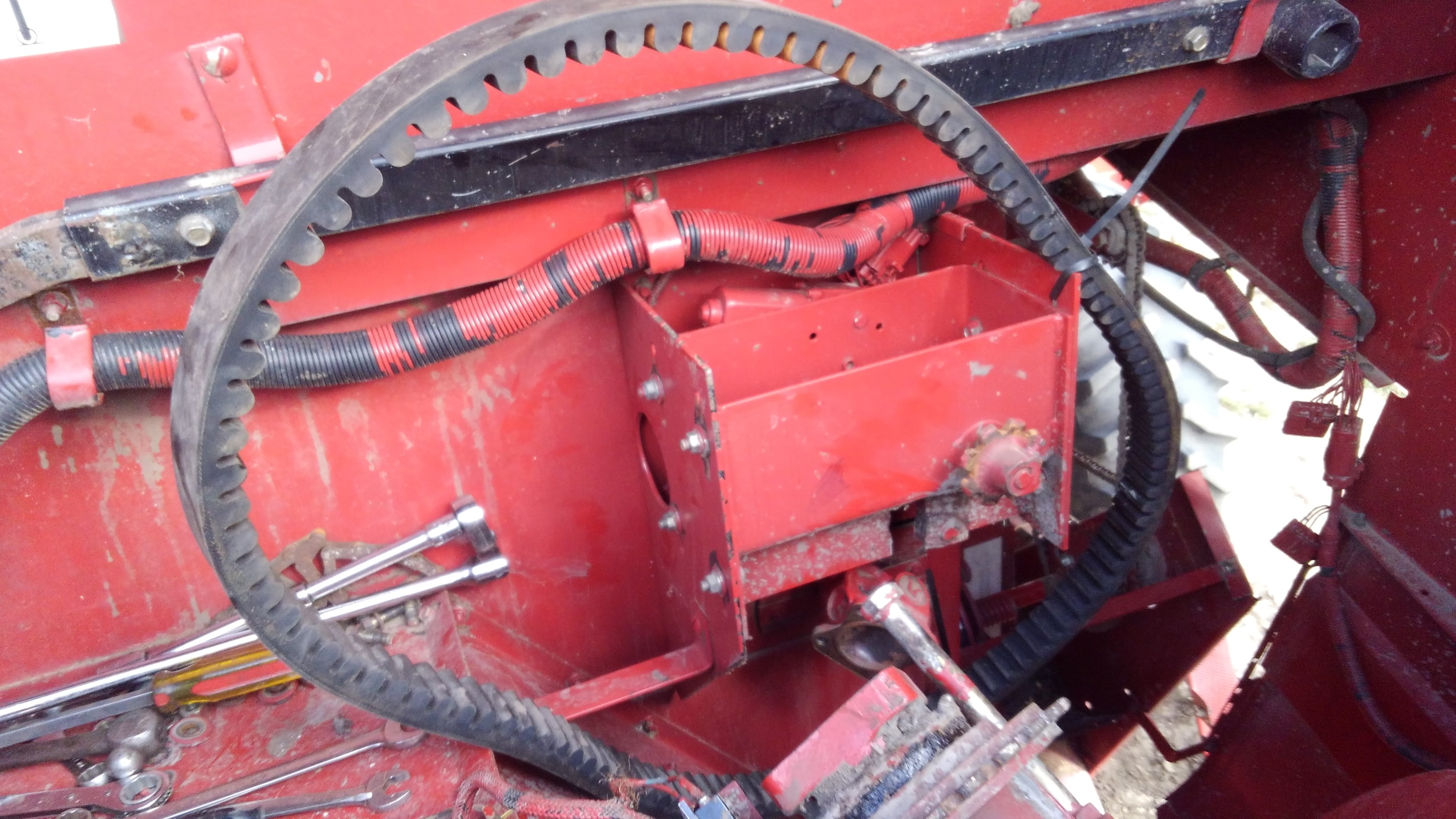 rotor belt insurance general ih red power magazine communityFarmall 656 Electrical Problems General Ih Red Power Magazine #4