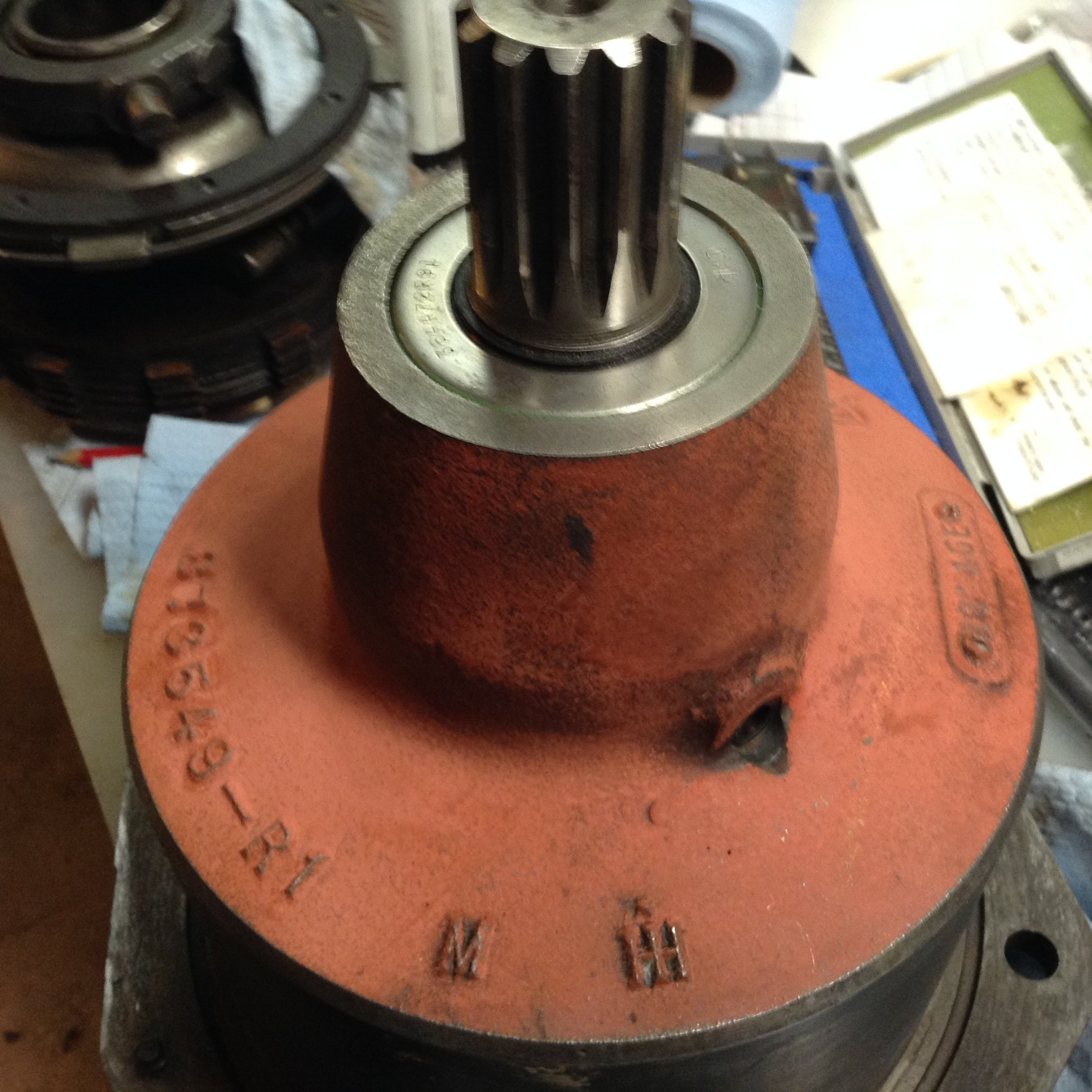560D Pto housing /imput shaft removal - General IH - Red Power
