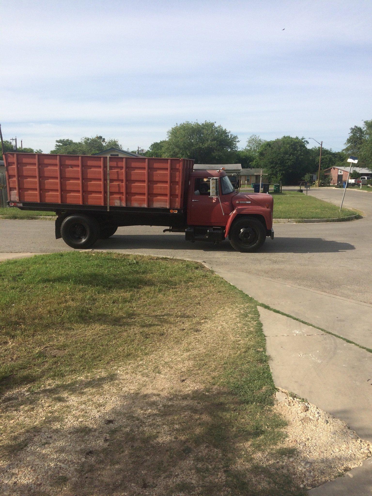 IH Loadstar 1600 brakes - IH Trucks - Red Power Magazine
