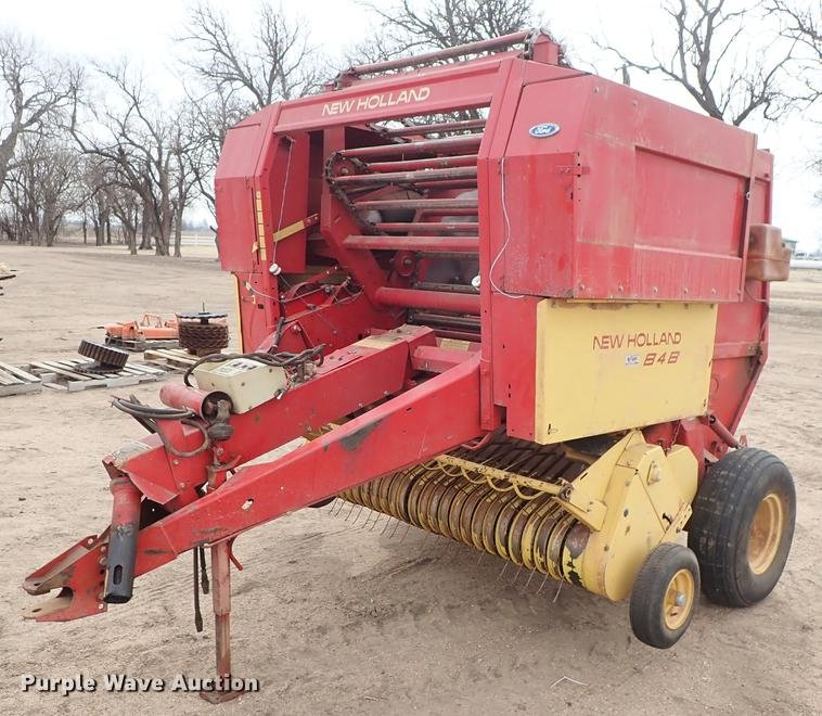 New Holland 848 small round baler - Coffee Shop - Red Power Magazine