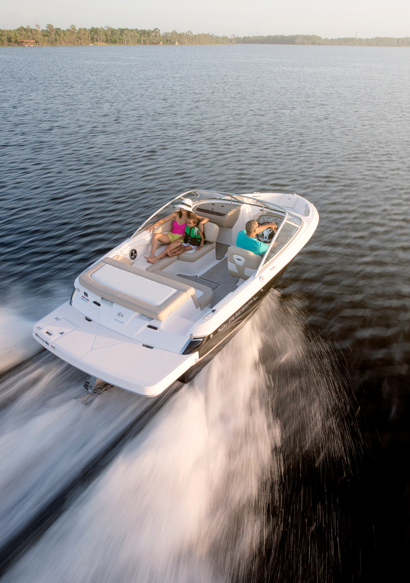 1900 Es Regal Boats Overview Volvo Boat Fuel Filter Location The Multi Posistion Backrest On Gives You Functionality Of A Bucket Seat Combined With Social Cockpit An Arena