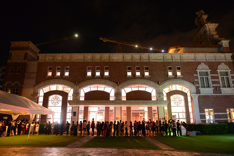 The exterior of Enderun provided a classy element to our Christmas party.