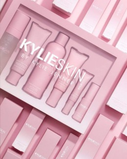 Kylie Skin Set by kylie jenner
