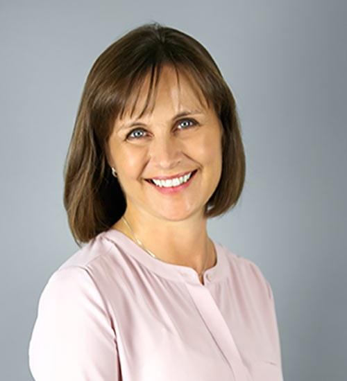 Debbie Daly headshot
