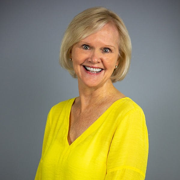 Dianne Spires Named Salesperson of the Month for Reynolds Lake Oconee Properties