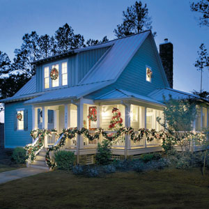 Bring the Lake Lifestyle to Your Home for the Holidays