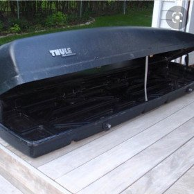 Thule 650 roof carrier/box
