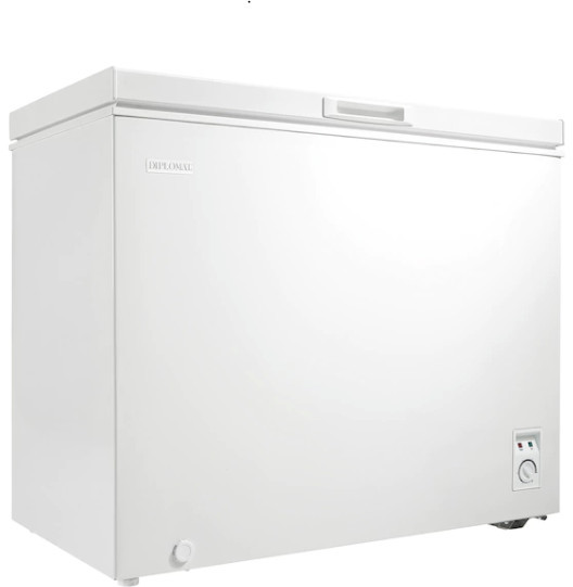 chest freezer – 7 cu. ft