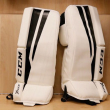 Youth - ccm goalie pads