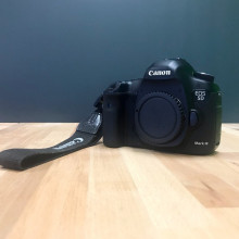 Canon - eos mark III 5d -dslr camera