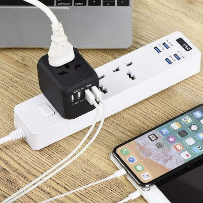 Universal Travel Adapter picture 1