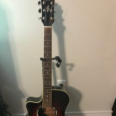 Yamaha acoustic guitar picture 1