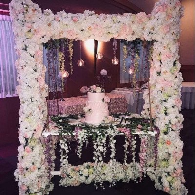 floral cake table set up
