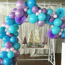 Balloon garland & backdrop