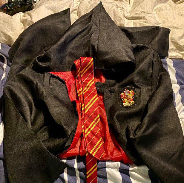 Harry Potter Gryffindor cape and tie Halloween costume