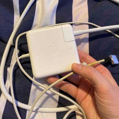 apple macbook pro charger-1