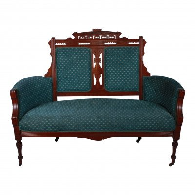 Hillary Settee picture 1