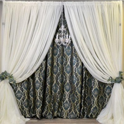 Ivory Swags on Teal Damask Backdrop picture 1