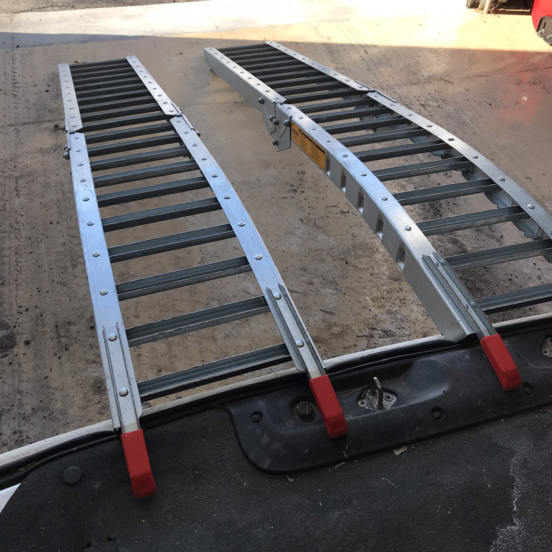 Steel Rung Folding Loading Ramps