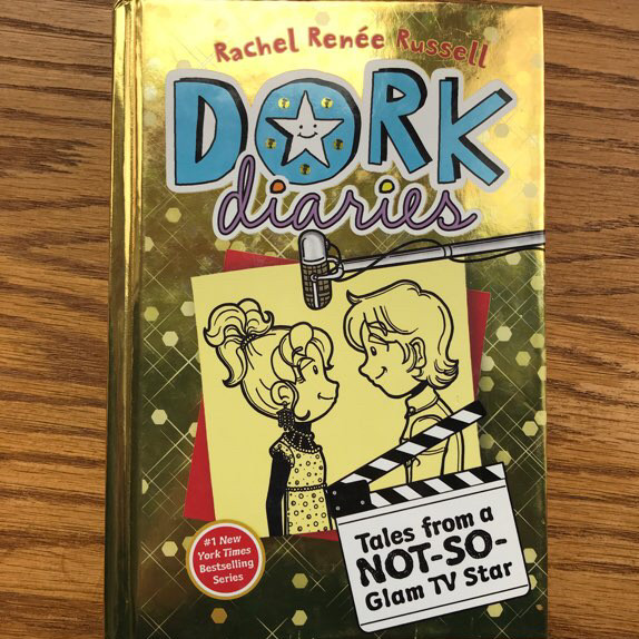 Dork diaries #7 - tales from a not-so-glam tv star