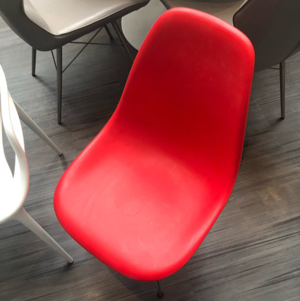 Red - white Chairs