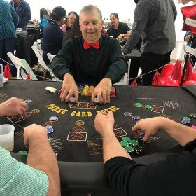 Three Card Poker with Dealer
