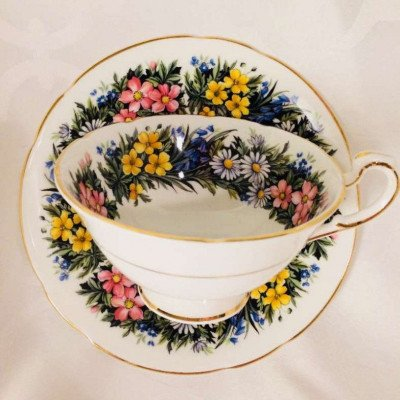 decorative tea cups