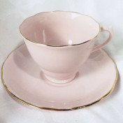 Decorative tea cup