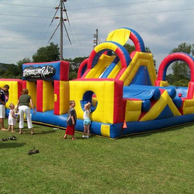 adrenaline rush inflatable obstacle course-1