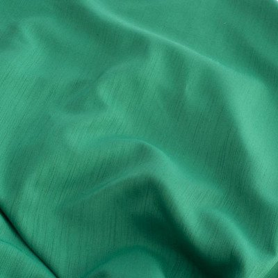 120 inch Round Emerald Green Majestic Tablecloth picture 1