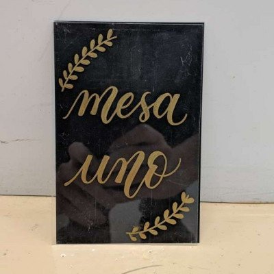 table numbers - gold script (spanish)