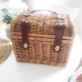 Small Picnic basket photo prop