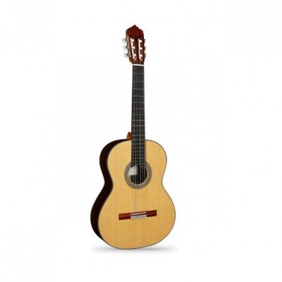 alhambra mengual and margarit nt series classical guitar