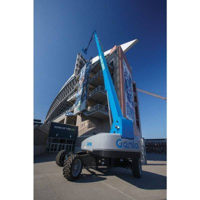 135′ Straight Boom Lift picture 2