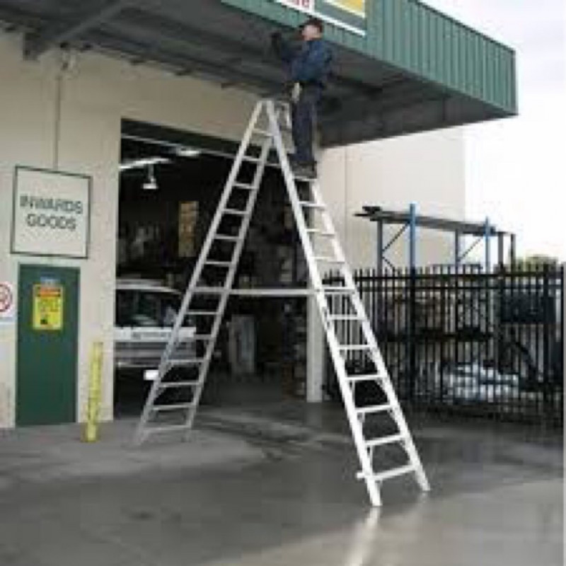 Step ladder - 16ft - grade IAA