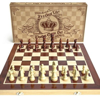 wooden chess set picture 1