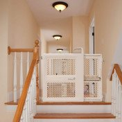 lock and swing gate baby gate