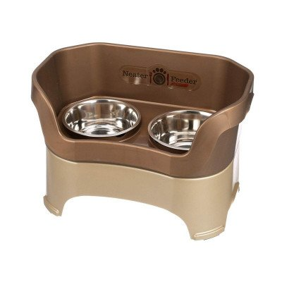 dog and cat feeders