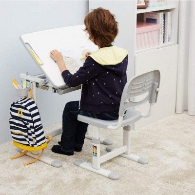 ergonomic kids chair and tilted desk-4