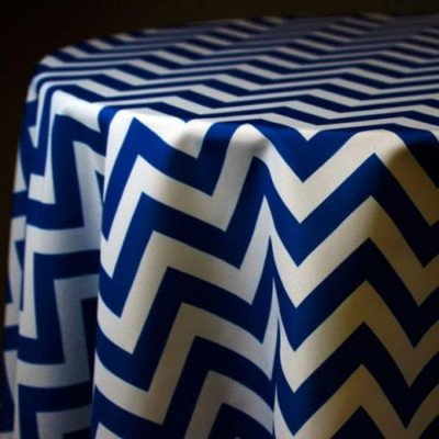 "Round Tablecloth 132"" Chevron Royal picture 1"