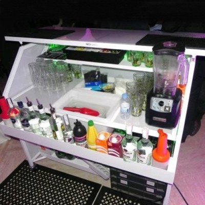 Bar, Lighted picture 1