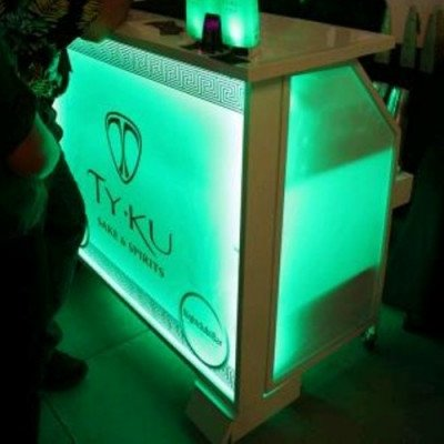 Bar, Lighted picture 2