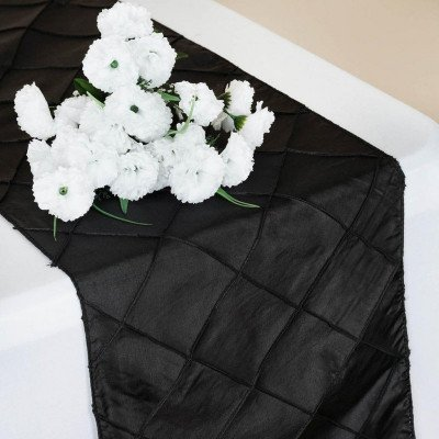 black - table runner - pintuck-1