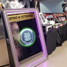 Magic mirror photo booth - 1hour package