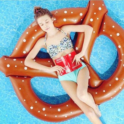 giant inflatable pretzel float toy picture 1