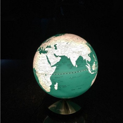 light up globe of the world-1