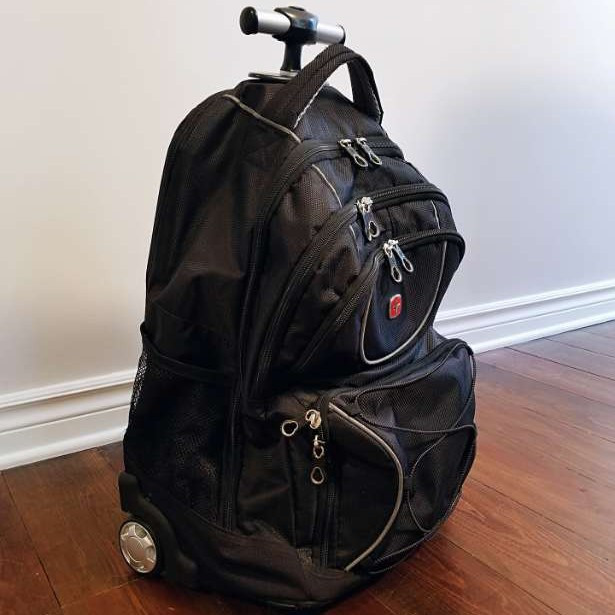 Swiss gear 5-pocket carry on luggage