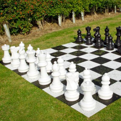 Giant Chess picture 1